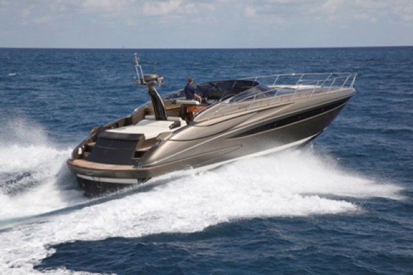 2011 52' Riva 2011 52' Riva Powered with twin 900 MAN's with approximately ...